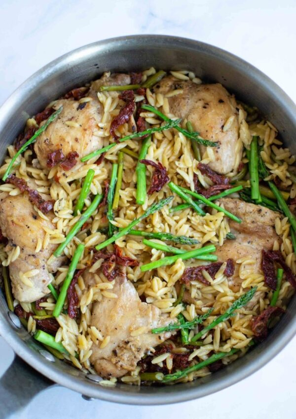 Creamy Chicken Orzo with Sun Dried Tomatoes and Asparagus